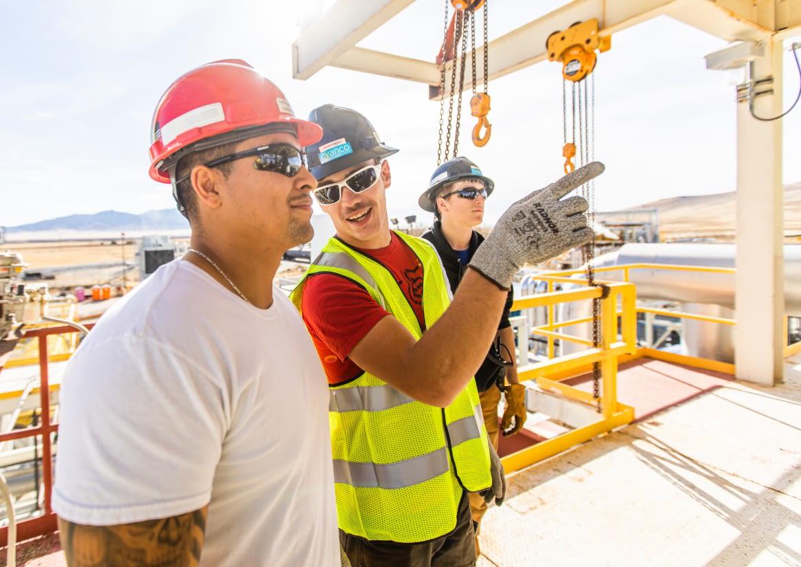 safety-operators-talking